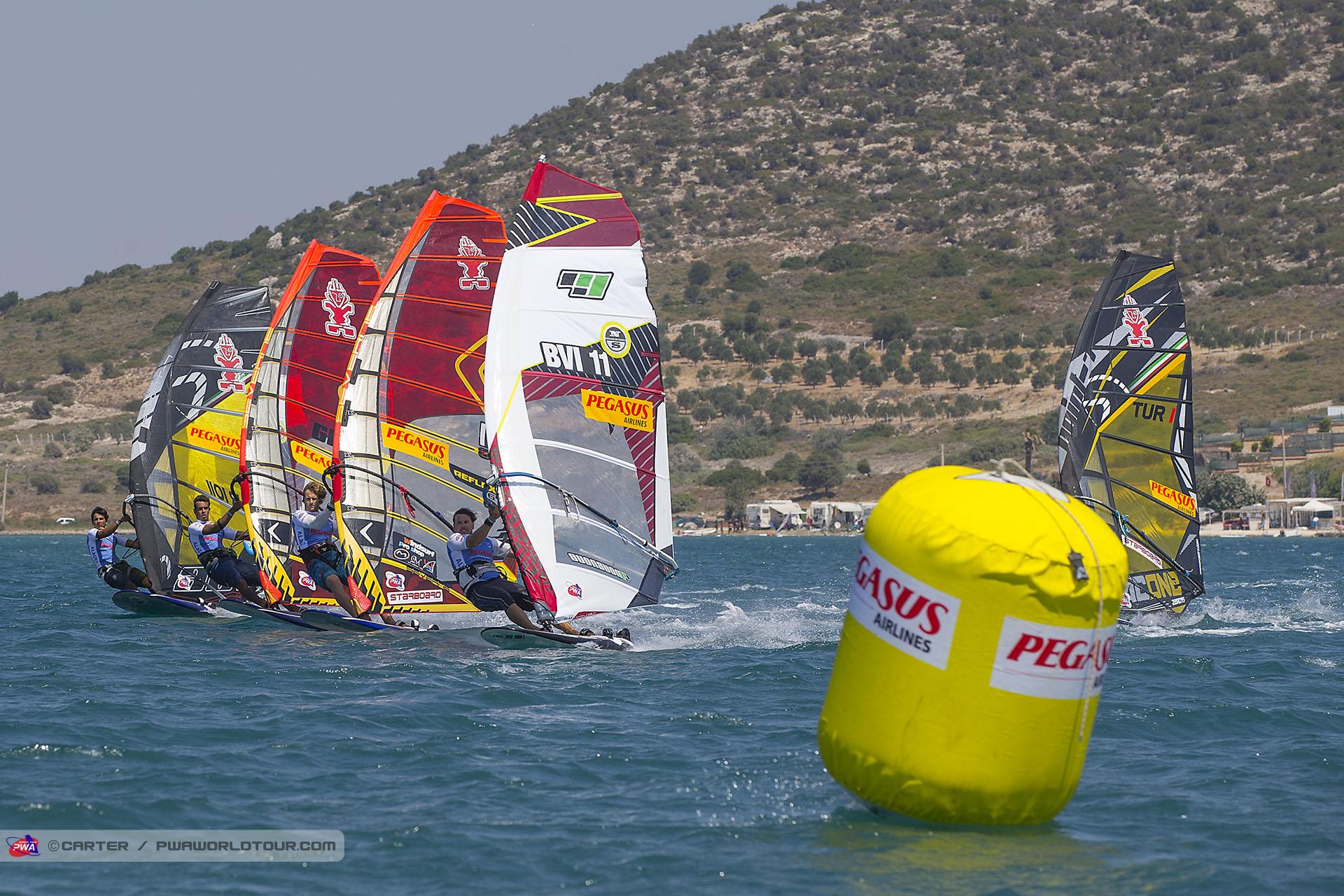 windsurf-slalom1