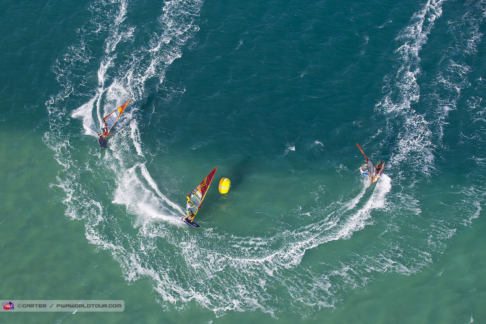 windsurf-slalom2